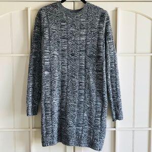 ✨NWOT VOLCOM B&W Sweater Dress (Size: L)